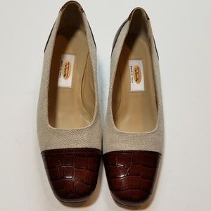 Talbots linen and croc print leather pumps